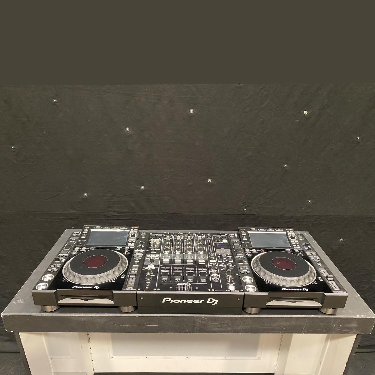 Black DJ Pod Hire
